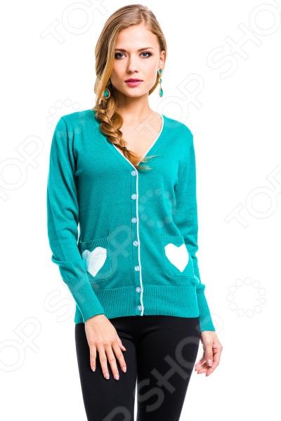 Жакет Mondigo 10015. Цвет: изумрудныйЖакеты. Пиджаки<br>Жакет Mondigo 10015 представляет собой стильный элемент верхней одежды с длинным рукавом и V-образным вырезом. Модель выполнена преимущественно из мерила, что придаст вашему образу легкости и нежности, а также обеспечит легкий уход за одеждой. Вещи из мерила можно стирать в автоматических стиральных машинах, они быстро сохнут и обладают завидной износоустойчивостью. Спереди модель декорирована застежкой на пуговицы и накладными карманами, а низ изделия и манжеты выполнены по технологии в рубчик. Кроме того, оригинальным украшением служат контрастный рисунок на карманах и кант по горловине.<br>