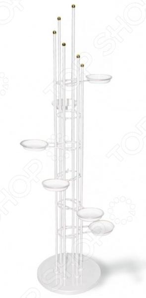 Подставка для цветов Sheffilton Спираль это мобильная подставка для цветов, которая может стать универсальным решением для любого помещения. Цветочница кованная, основание выполнено из металлического листа D350 мм, каркас сделан из металлической трубы D12 мм, прутка D5 мм , пластиковой фурнитуры D24 мм и чаш для горшков диаметром 130 мм. На подставке предусмотрено 6 мест для цветочных горшков. Максимальная нагрузка на корзину составляет 3 кг, есть возможность регулировать вид расположения кронштейнов. Подставка полностью разборная.