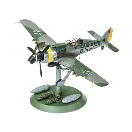 Купить Сборная модель военного самолета Revell 04869R «Фокке-Вульф FW-190 F-8»
