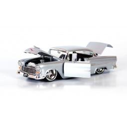 фото Модель автомобиля 1:24 Jada Toys 1955 Chevy Belair. Цвет: серебряный