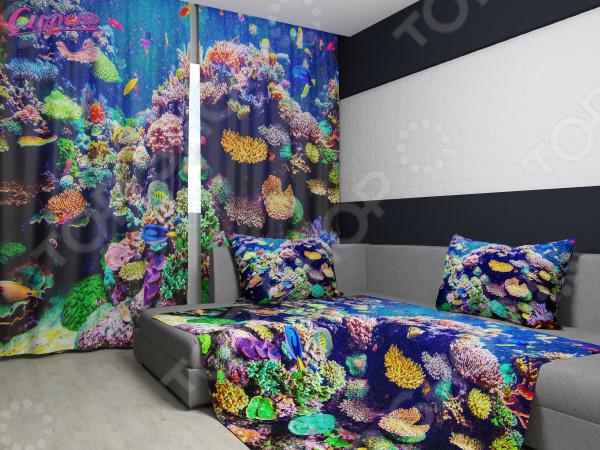 Комплект: фотошторы и покрывало Сирень «Подводный микро-мир»Фотошторы<br>Комплект: фотошторы и покрывало Сирень Подводный микро-мир элемент, способный украсить и оживить интерьер любой комнаты. Застелите ваш диван или кровать этим покрывалом, и привычная мебель станет еще уютнее, чем раньше. А шторы, выполненные в едином стиле с покрывалом, станут завершающим штрихом в оформлении комнаты. При этом такой комплект может стать хорошим подарком близкому человеку. В комплекте вы найдете:  Две фотошторы, размер каждой из которых составляет 145х260 см 3 см .  Покрывало размером 145х220 см 3 см . Оцените основные преимущества комплекта из коллекции бренда Сирень :  Оригинальный дизайн придаст изюминку интерьеру.  Сделано из качественных износостойких материалов. Изображение на ткани долго не линяет и не выгорает.  Рисунок нанесен на материал при помощи специальной технологии, создающей эффект 3D. Смотрится очень эффектно. Покрывало и шторы выполнены из ткани габардин, состоящей на 100 из полиэстера. На поверхности полотна заметны диагональные рубчики, полученные в результате саржевого плетения в процессе производства. В результате изделие отличается своей прочностью и долговечностью, сохраняет первоначальный вид в течение длительного времени. Рекомендуется ручная стирка при температуре 30 C или в стиральной машине в деликатном режиме. Шторы крепятся при помощи шторной ленты под крючки .<br>