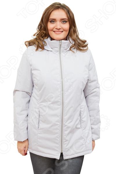 Куртка СВМ-ПРИНТ «Ласковое тепло». Цвет: серыйВерхняя одежда<br>Куртка СВМ-ПРИНТ Ласковое тепло создана с учетом всех особенностей женской фигуры. Она идеально подойдет для женщин любого возраста и комплекции. Продуманный дизайн изделия позволяет скрыть недостатки и подчеркнуть достоинства фигуры.  Легкая, мягкая и теплая куртка. Не пропускает влагу и ветер, не сковывает движений, расцветка насыщенная и современная.  Капюшон не нарушит прическу и укроет от дождя и ветра.  По бокам предусмотрено два кармана.  Центральная застежка на молнию.  На фотографии куртка представлена в сочетании со Slim Jeggings.  Уникальная модель, доступная только в телемагазине Top Shop . Куртка сшита из плотной ткани, состоящей на 100 из полиэстера. В качестве наполнителя выступает синтепон плотностью 100 г кв.м. Эта модная куртка подойдет для погоды вплоть до -5 C .<br>