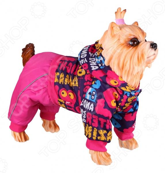 Комбинезон для собак DEZZIE ДжузиКомбинезоны<br>Комбинезон для собак DEZZIE 563553 это удобный комбинезон для собак, в котором ваш питомец будет чувствовать себя тепло и комфортно. Кроме того, собака будет выглядеть модно, оригинально и невероятно стильно, вы можете даже подобрать комбинезон в тон со своей курткой. Легкая водоотталкивающая ткань, застежка на кнопках, резинки на лапы и возможность регулировать затяжку на талии позволят подогнать комбинезон точно под фигуру вашей любимицы. Комбинезоны такого типа незаменимы при прогулке с собакой в осенне-зимний период или просто холодный день.<br>