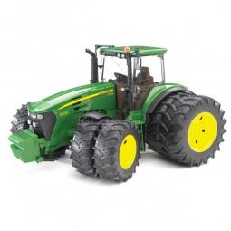 Купить Трактор с двойными колесами Bruder John Deere 7930