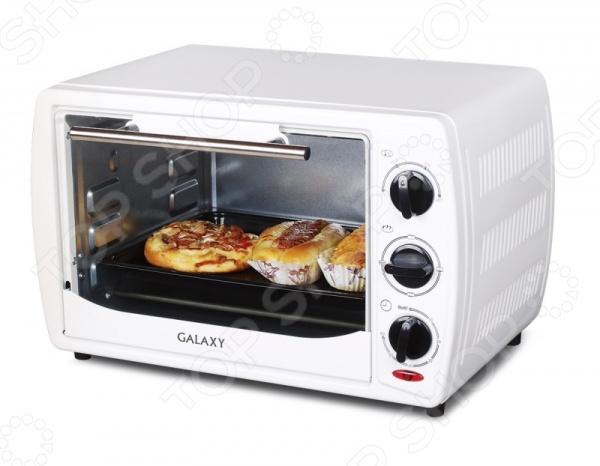 Мини-печь Galaxy GL 2615Настольные мини-печи<br>Мини-печь Galaxy GL 2615 станет отличным дополнением к набору бытовой техники для кухни. Модель удобна и практична в использовании, а также весьма компактна, в отличии от громоздких кухонных плит. Печь подходит для приготовления различных вторых блюд, запекания мяса, овощей и т.д. Управление мини-печи механическое, осуществляется с помощью поворотных переключателей. Модель снабжена регулируемым термостатом от 100 С до 250 С , внутренней подсветкой и двумя нагревательными элементами сверху и снизу . Наличие смотрового окна позволяет контролировать процесс приготовления блюд, не открывая печь. В комплект поставки входит решетка-гриль, противень и держатель для решетки и противня.<br>