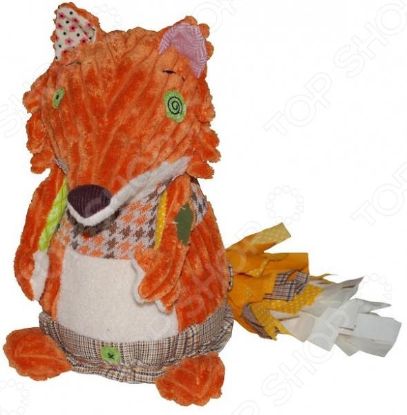 Мягкая игрушка Les Deglingos KitschosМягкие игрушки<br>Мягкая игрушка Les Deglingos Kitschos это замечательный подарок для вашего малыша! Забавный зверек украсит любую детскую комнату и принесет радость и веселье во время игр. Лисичка станет лучшим другом, с которым не захочется расставаться даже перед сном. Игрушка изготовлена из высококачественного текстиля и имеет интересный дизайн. Все материалы абсолютно безвредны для здоровья, не выгорают на солнце и устойчивы к внешним воздействиям. Мягкая игрушка поможет развить воображение, тактильные навыки, зрительную координацию и мелкую моторику рук. Кроме того, тренируется наблюдательность, образное восприятие и логическое мышление. Оцените преимущества мягкой игрушки от бренда Les Deglingos:  Подойдет в качестве подарка как детям, так и взрослым.  Выполнена в оригинальном дизайне.  Материалом изготовления служит высококачественный текстиль.<br>