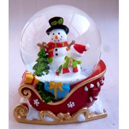 Купить Снежный шар декоративный Crystal Deco «Снеговики в санях»