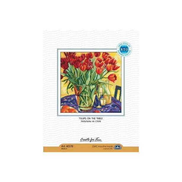 фото Набор для вышивания RTO «Тюльпаны на столе»