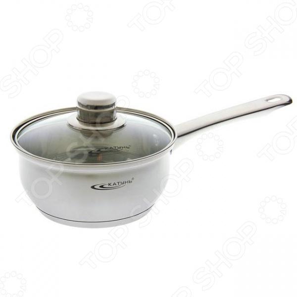 Ковш с крышкой Катунь KT 04 ККовши<br>Ковш с крышкой Катунь KT 04 К станет отличным дополнением к набору кухонной утвари. Посуда удобна и функциональна в использовании, с ее приобретением приготовление ваших любимых блюд перейдет на качественно новый уровень. Ковш выполнен из высококачественной, не вступающей в реакции с продуктами питания, нержавеющей стали. Трехслойное капсульное дно обеспечивает равномерный нагрев и длительное сохранение тепла. Ковш подходит для всех типов плит, включая индукционные. Крышка в комплекте.<br>