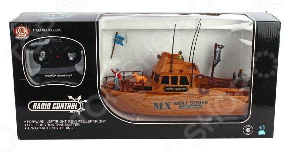 Катер на радиоуправлении Shantou Gepai MX-0005-6 - замечательная радиоуправляемая игрушка, которая придется по нраву юному любителю водных гонок на сверхскоростных катерах. Удивительно детализированный рыбацкий катер отличается высокой маневренностью, поэтому позволяет устраивать морские бои или катерные гонки. Управление осуществляется за счет четырехканального пульта управления. С его помощью вы сможете заставить катер двигаться в четырех векторах: вперед, назад, вправо и влево. Игрушка выполнена из высококачественного пластика, который гарнирует ее безопасность и отличную износоустойчивость. Особенности катера на радиоуправлении Shantou Gepai MX-0005-6:  развивает скорость до 5 км час;  радиус пульта управления составляет 30 м;  есть дополнительные элементы - фигурки животных и людей;  работает на основе батарейки типа 7.2V NiCd. Перед тем как приступить игре проверьте, чтобы контакты на дне корпуса были замкнуты, иначе катер не будет реагировать на ПУ.