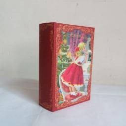 фото Книга-шкатулка Феникс-Презент 38467 «Девочка с телефоном»