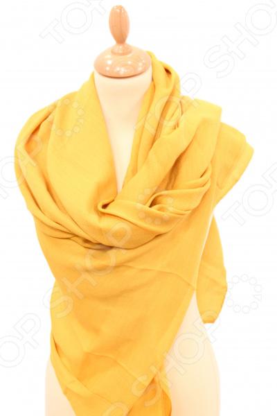 Платок Milana Style «Лот 1010»Платки. Палантины<br>Платок Milana Style Лот 1010 элегантный аксессуар, который подчеркнет ваш женственный образ. Этот платок прекрасно подойдет в качестве легкой накидки к платью или другим нарядам. Создавайте каждый день новые образы, сочетая его с разной одеждой.  Современный дизайн и стильный крой.  Идеально подойдет для любого возраста.  Будет отлично гармонировать с любыми предметами вашего гардероба. Платок сшит из приятной полушерстяной ткани с добавлением хлопка.<br>