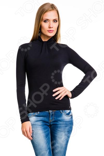 Водолазка Mondigo 7016. Цвет: черныйВодолазки<br>Водолазка Mondigo 7016 стильный вид одежды, поможет создать элегантный и гармоничный образ, добавляя комфортность и тепло. Модель облегающего кроя подчеркивает фигуру, прекрасно смотрится с брюками. Водолазка имеет воротник-стойку и длинные рукава. Выполнена из высококачественной вискозы, с применением специальных ниток высокого качества.  Удобная и практичная вещь для повседневного использования.  Хорошо сочетается с различными аксессуарами и одеждой.  Швы прочные и не подвергаются деформации. В представленном ассортименте есть несколько видов водолазок, которые отличаются по размеру.<br>