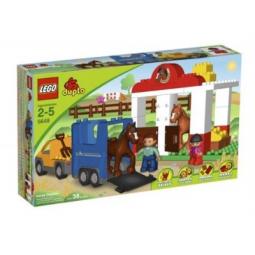 фото Конструктор LEGO Конюшня 46218