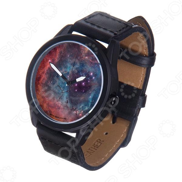 Часы наручные Mitya Veselkov «Космос» MVBlackМужские наручные часы<br>Не секрет, что правильно подобранные аксессуары вершат весь образ, добавляют ему законченности и помогают грамотно расставить цветовые акценты. Наручные часы же являются не просто стильным украшением, но и весьма функциональным аксессуаром. Именно поэтому, наряду с оригинальным дизайном и влиянием модных тенденций, при их выборе важно учитывать вид часового механизма и качество используемых материалов. Часы наручные Mitya Veselkov Космос MVBlack станут отличным дополнением к набору ваших аксессуаров. Модель отличается стильным дизайном и прекрасным качеством исполнения, хорошо сочетается с яркими креативными нарядами. Корпус часов выполнен из минерального стекла и стали с матовым эмалевым покрытием. Ремешок изготовлен из натуральной кожи, застежка классическая. Механизм часов кварцевый Citizen Япония .<br>