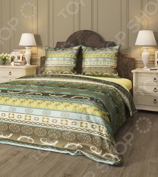 Комплект постельного белья Сирень «Африка». 1,5-спальный1,5-спальные<br>Здоровый и комфортный сон зависит не только от того насколько ваш матрас и подушка мягкие и удобные, но и, не в последнюю очередь, от того на каком постельном белье вы спите ежедневно. Очень важно при выборе постельного белья ориентироваться не только на его цену и яркий дизайн, но и на качество, и плотность, тип материала. Жесткие и плотные ткани, пусть даже и натуральные, не подходят для ежедневного использования, ведь они могут причинить коже удивительный дискомфорт, вызвав её покраснения и раздражения. На такой постели также часто образуются катышки, которые в конец портят внешний вид белья и ваше настроение. Комплект постельного белья Сирень Африка роскошное, современное постельное белье, которое покорит вас своей красотой, элегантностью, прочностью и изысканностью. Несмотря на то, что оно выполнено из искусственных материалов из сочетания искусственного шелка и микрофибры, это постельное белье отлично пойдет для повседневного использования. По своим характеристикам оно ничуть не уступает изделиям из натуральных материалов. Оно очень мягкое и нежное, не травмирует даже самую чувствительную кожу. Даже если вы спите очень беспокойной, оно не будет сбиваться в грубые складки. За счет использования искусственного шелка, белье получает приобретает благородный мягкий блеск, приятные прикосновения и утонченный внешний вид. Низ изделий выполнен из микрофибры не будет скользить по кровати. Особое внимание заслуживает дизайн этого комплекта, который придется по душе даже самым требовательным покупателям. По истине королевский внешний вид достигается за счет изысканного рисунка в африканском стиле. Теплая, приятная цветовая гамма постельного белья не только впишется в общий интерьер вашей спальни, но и станет её украшением. Такой комплект станет прекрасным подарком вашим близким, ведь вашим подарком станут не только высококачественные изделия, но и спокойный, здоровый сон, яркие и цветные сны и приятн