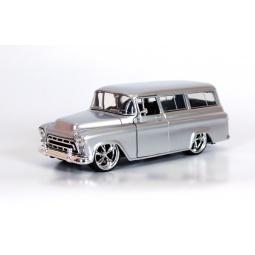 фото Модель автомобиля 1:24 Jada Toys Chevy Suburban 1957. Цвет: серебряный