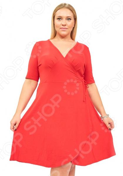 Платье Матекс «Легкое мгновение». Цвет: красныйПовседневные платья<br>Платье Матекс Легкое мгновение это легкое платье, которое поможет вам создавать невероятные образы, всегда оставаясь женственной и утонченной. Благодаря свободному крою оно скроет недостатки фигуры и подчеркнет достоинства. В этом платье вы будете чувствовать себя блистательно в любой ситуации. Женственная длина ниже колена великолепно подойдет для любого типа фигуры. Можно отметить следующие преимущества:  Длина чуть ниже колена.  V-образный вырез горловины удлиняет шею и помогает области декольте выглядеть роскошно и соблазнительно.  Короткие рукава из шифона, которые могут скрыть несовершенства в области плеч.  Внутри завязки, снаружи пришит пояс. Платье изготовлено из мягкой ткани 95 вискоза, 5 полиэстер , благодаря чему материал не скатывается и не линяет после стирки. Даже после длительных стирок и использования платье будет выглядеть прекрасно.<br>