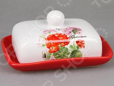 Масленка Rosenberg 8097Масленки и паштетницы<br>Масленка Rosenberg 8097 это удобный вариант для хранения сливочного масла, который пригодится на любой кухне. Модель изготовлена из керамики, отличается повышенной износостойкостью и легкостью мытья. Хранение масла теперь будет удобным, а такую масленку можно легко поставить на стол и она отлично впишется в интерьер. Следует отметить, что хранение масла в такой масленке позволяет избежать высыхания краев и примесей запахов от других продуктов в холодильнике, при этом, сохраняя первоначальный сливочный вкус.<br>
