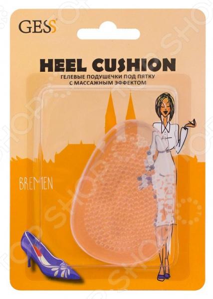 Вкладыши гелевые под пятку с массажным эффектом Gess Heel CushionСтельки и вкладыши<br>Вкладыши гелевые под пятку с массажным эффектом Gess Heel Cushion великолепное дополнение к вашей повседневной и выходной обуви. Теперь вы можете забыть, что значить любимые, но неудобные туфли! С этими компактными гелевыми подушечками туфли, ботинки и прочая закрытая обувь больше не будет вам натирать или доставлять другие неудобства. Изделия эффективно предотвращают появление натоптышей и мозолей, а также оказывают легкий массажный эффект при ходьбе. Легкая и красивая походка без боли и мозолей! Гелевые вкладыши оказывают комплексное воздействие на ваши ноги. Они эффективно амортизируют пятку при ходьбе, массируют кожу стопы и исключают вероятность образования неприятных и болезненных мозолей, трещин на пятках. Особенно актуальны вкладыши будут для обуви с жесткими задниками.  Несколько преимуществ этих гелевых вкладышей для обуви:  выполнены из совершенно безопасного полиуретанового геля;  универсальны, поэтому походят для любого размера обуви;  подходят для использования с закрытой обувью различных моделей;  легко устанавливаются. Изделия просты в уходе. Их можно мыть. Следует предохранять от попадания прямых солнечных лучей и высоких температур выше 30 С . В комплекте поставляет пара вкладышей.<br>