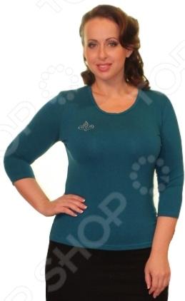 Блуза Матекс «Милка»: 2 шт. Цвет: бордовый, зеленыйБлузы. Рубашки<br>Блуза Матекс Милка 2 штуки это легкая и нежная блуза, которая поможет вам создавать невероятные образы, всегда оставаясь женственной и утонченной. Благодаря отличному дизайну она скроет недостатки фигуры и подчеркнет достоинства. Блуза прекрасно смотрится с брюками и юбками, а насыщенный цвет привлекает взгляд. В этой блузе вы будете чувствовать себя блистательно как на работе, так и на вечерней прогулке по городу. Универсальная длина делает блузу одеждой на все случаи жизни, а удобные рукава скрывают полноту рук. Дизайн фасона поможет акцентировать внимание на груди, при этом ретушируя недостатки фигуры. В наборе две однотонные блузки: бордовая и зеленая. Блуза изготовлена из вискозы 95 и полиэстер 5 , благодаря чему материал не скатывается и не линяет после стирки. Вискоза очень быстро высыхает после стирки и не мнется. Даже после длительных стирок и использования эта блуза будет выглядеть идеально.<br>