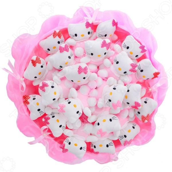 Букет из мягких игрушек Toy Bouquet «Котята» C008Мягкие игрушки<br>Букет из мягких игрушек Toy Bouquet Котята C008 оригинальный подарок для любимой девушки, мамы или сестры в честь любого праздника и не только. Сегодня традиционными цветочными букетами и мягкими игрушками удивить не так и просто. Именно поэтому креативные умы придумали такой необычный сувенир в качестве альтернативы двум классическим подаркам.  Букет из мягких игрушек не боится времени и всегда будет напоминать о знаменательном событии, вызывать положительные эмоции.  Милый дизайн делает это изделие не только красивым знаком внимания, но и украшением интерьера.  Подарок не оставит равнодушными представительниц прекрасного пола всех возрастов. Букет состоит из 21 игрушки.<br>
