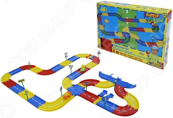 Трек гоночный Wader Knuffie LandГоночные треки<br>Трек гоночный Wader Knuffie Land набор деталей, с помощью которых собирается трек для гонок на игрушечных машинках. Элементы легко соединяются между собой. Этот трек даст больше возможностей для игры с друзьями и близкими. В набор входят дорожные знаки, которые помогут пометить некоторые участки трассы. Также входят две машинки, с которыми можно соревноваться с другом. Вашего ребенка ждет масса удовольствия и приятное времяпрепровождение за игрой. Детали сделаны из прочного пластика. Соответствует требованиям безопасности продукции. Длина трека 5 м.<br>