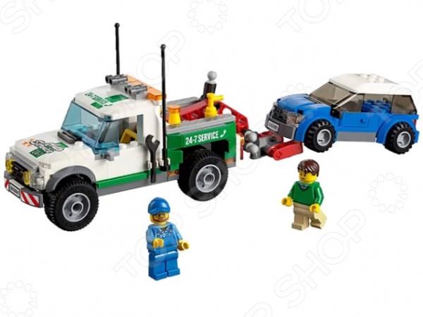 Конструктор LEGO Буксировщик автомобилейКонструкторы LEGO<br>Конструктор Lego Буксировщик автомобилей подарочный комплект, состоящий из деталей, с помощью которых можно собрать боевого робота. Набор предлагает классические возможности по соединению и общей сборке, поэтому трудностей не должно возникнуть если следовать картинке. Детский конструктор является достаточно практичным учебным пособием, так как он развивает память, мышление, логику, фантазию, а также моторику рук. Сборка конструктора подарит ребенку массу удовольствия и приятное времяпрепровождение.<br>
