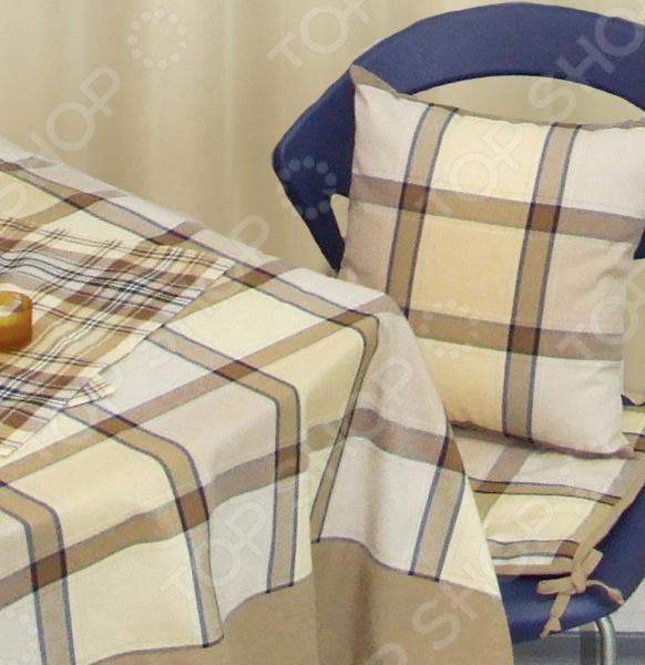 Сидушка на стул Kauffort WeekendДекоративные подушки<br>Декоративная сидушка на стул Kauffort Weekend бытовой аксессуар, внешним видом напоминающий классическую подушку. Данное изделие прикрепляется к стулу или табурету, чтобы обеспечить максимальный комфорт человеку. Сидушка препятствует прямому контакту с твердой неудобной поверхностью мебели. Изделие прекрасно подходит и для плетеной мебели, добавляя еще больше уюта помещению. Одно из основных предназначений предотвратить различные заболевания и их симптомы, связанные с длительным сидением на твердой, чаще всего плоской, поверхности. Это очень полезный аксессуар, который поможет вам снизить риск развития геморроя, пролежней и синяков. Также, сидение позволит вам избежать и полностью исключить проблемы с кожей. Применение подушки не ограничивается профилактикой. Чаще всего это изделие приобретают для достижения максимального комфорта и высокого уровня удобства. Данная модель сидушки наполнена синтепоном, который обеспечивает необходимую поддержку ягодицам. Основные свойства наполнителя:  хорошо держит форму;  не впитывает пыль и загрязнения;  не вызывает раздражения кожи. Чехол выполнен из смеси хлопка, полиэстера и акрила. Синтетический сатин на ощупь напоминает натуральный текстиль, тогда как по свойствам она ближе к синтетике. Такой чехол обладает рядом преимуществ:  долговечность;  практически не изнашивается;  не мнется;  легко отстирывается;  быстро сохнет. Красочный чехол сидушки выглядит как элемент мягкой мебели. На полотно нанесен насыщенный и яркий принт, который не потускнеет даже после многочисленных стирок. Если вы решите постирать такую подушку, снимите наволочку и выверните её наизнанку.<br>