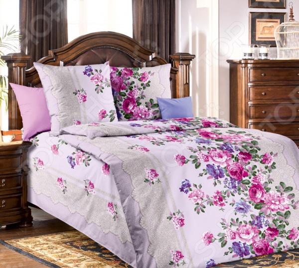Комплект постельного белья Белиссимо «Кружевница». 1,5-спальный1,5-спальные<br>Комплект постельного белья Белиссимо Кружевница это сочетание прекрасного качества и стильного современного дизайна. Он внесет яркий акцент в интерьер вашей спальной комнаты, добавит ей элегантности и изысканности. В набор входит пододеяльник, простынь и две наволочки. Постельное белье выполнено из высококачественной бязи и украшено оригинальным принтом. Бязь представляет собой плотную хлопчатобумажную ткань полотняного переплетения. Она отлично зарекомендовала себя в пошиве постельного белья, благодаря своей воздухопроницаемости, легкости и устойчивости к истиранию. Ткани и готовые изделия производятся на современном импортном оборудовании и отвечают европейским стандартам качества. Рекомендуется стирать белье в деликатном режиме без использования агрессивных моющих средств.<br>