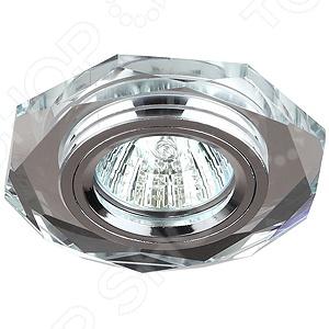 Светильник светодиодный встраиваемый Эра DK5 СH/SLСпоты встраиваемые<br>Не секрет, что правильное освещение является важной деталью при оформлении интерьера помещений, так как позволяет визуально увеличить пространство и создать в квартире атмосферу уюта, гармонии и комфорта. Светильник светодиодный встраиваемый Эра DK5 СH SL не просто наполнит вашу комнату мягким и теплым светом, а станет настоящим украшением интерьера, добавит ему изящества, изысканности и роскоши. Лампы такого типа часто используются в качестве дополнительных осветительных приборов для гостиных, спален и кабинетов. Светильник выполнен в современном стиле; его корпус изготовлен из алюминиевого сплава, а плафон из хрусталя. Мощность лампы составляет 50 Вт.<br>