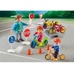 фото Конструктор игровой Playmobil «Детский сад: Дети с воспитателем по ПДД»