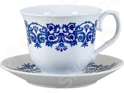 Чайная пара Rosenberg 8602 незаменимый элемент повседневного чаепития. Иногда так приятно выпить чаю в компании близких и друзей из аккуратных чашек на блюдечках. Именно поэтому этот набор займет достойное место на любой кухне или же станет прекрасным подарочным вариантом в честь знаменательного события. В комплекте две чашки и два блюдца.