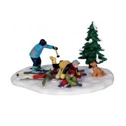фото Фигурка керамическая Lemax «Столкновение на лыжах»