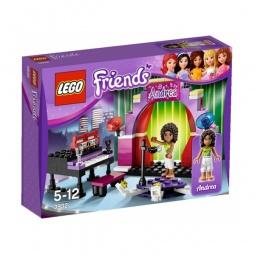 фото Конструктор LEGO Андреа на сцене