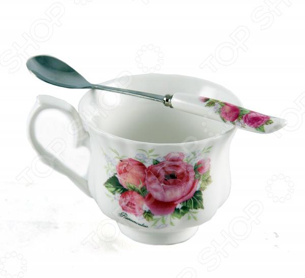 Чайный набор 12710Чайные и кофейные сервизы и наборы<br>Чайный набор 12710 изготовлен из высококачественного фарфора и украшен цветочным рисунком. Посуда из данного материала позволяет максимально сохранить полезные свойства и вкусовые качества воды. Заварите крепкий, ароматный чай в представленном наборе, и вы получите заряд бодрости, позитива и энергии на весь день! Классическая форма и универсальная цветовая гамма изделий позволят наслаждаться любимым напитком в атмосфере еще большей гармонии, эмоциональной наполненности и добавят нотку романтичности. Способ ухода: мыть теплой водой с применением нейтральных моющих средств.<br>
