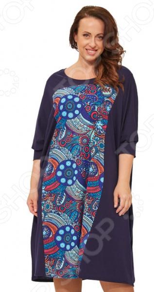 Платье Laura Amatti «Яркий узор»Повседневные платья<br>Платье Laura Amatti Яркий узор это легкое платье, которое поможет вам создавать невероятные образы, всегда оставаясь женственной и утонченной. Грамотный крой и цвет скрывают недостатки фигуры и подчеркивают достоинства. В этом платье вы будете чувствовать себя блистательно как на празднике, так и на вечерней прогулке по городу.  Оригинальное платье свободного кроя.  Манжеты на рукавах.  Изделие украшает яркий цветочный рисунок.  Платье очень свободное, подойдет для любого типа фигуры Платье сшито легкой эластичной ткани, состоящей на 95 из хлопка и на 5 из полиэстера. Материал не линяет, не скатывается, формы от стирки не теряет.<br>