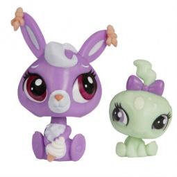 фото Игрушка-зверюшка с аксессуарами Hasbro «Кролик и черепаха» A8431