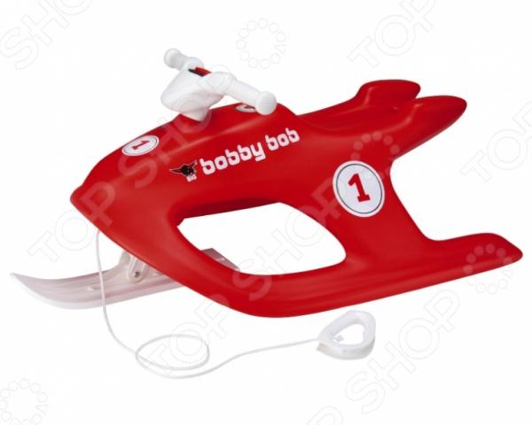 Санки BIG Bobby BobСанки<br>Санки BIG Bobby Bob представляет собой замечательный подарок для вашего ребенка, который позволит ему весело и интересно проводить время зимой. Используя санки малыш сможет кататься по льду замерзшего озера или спускаться со снежной горки испытывая восторг от захватывающей дух зимней забавы. Корпус санок выполнен из прочного пластика, способного выдерживать серьезные нагрузки, а яркий цвет не позволит санкам потеряться и эффектно выделит вашего малыша среди других детей.<br>