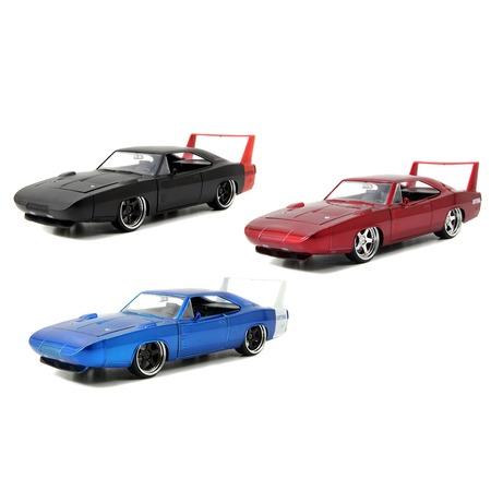 Купить Модель автомобиля Jada Toys 1969 Dodge Charger Daytona. В ассортименте