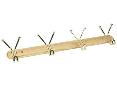 Вешалка настенная Rosenberg 7253Вешалки. Крючки<br>Вешалка настенная Rosenberg 7253 - удобное и практичное приспособление для вашего дома. Вешалка отличается оригинальной, но простой конструкцией, которая представляет собой деревянную планку со стальными крючками, гарантирующими долговечность и надежность изделия. Даже со временем крючки не потемнеют и не покроются ржавчиной. Практичная вешалка оснащена 4 крючками и отлично подойдет для хранения вашей повседневной одежды. Оригинальная конструкция крючков обеспечивает достаточно большую вместительность этой компактной вешалки. Конструкция легко крепится к любой поверхности при помощи простых саморезов есть в комплекте , поэтому вы сможете её разметить и на стене в прихожей, кухне или ванной комнате, или на любой двери. Вешалка настенная Rosenberg 7253 станет стильным и простым решением для вашего дома, офиса, дачи, которое позволит вам сэкономить пространство.<br>