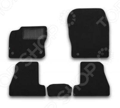Комплект ковриков в салон автомобиля Klever Ford Focus III 2015 EconomКоврики в салон<br>Комплект ковриков в салон автомобиля Klever Ford Focus III 2015 Econom ковролин, созданный для сохранения чистоты в салоне автомобиля. Обладают повышенной прочностью, износостойкостью и очень удобны в использовании. Эти коврики станут неотъемлемой частью вашего автомобильного интерьера. Преимущества: Полипропиленовый ворс плотностью 500 гр. м2. Нескользящая основа: гранулят . Высокопрочная крученая нить обработка края.Идеальный компьютерный раскрой.Фиксаторы основа безопасности. В комплекте есть 4 штуки. Товар, представленный на фотографии, может незначительно отличаться по форме от данной модели. Фотография представлена для общего ознакомления покупателя с цветовым ассортиментом и качеством исполнения товаров данного производителя.<br>