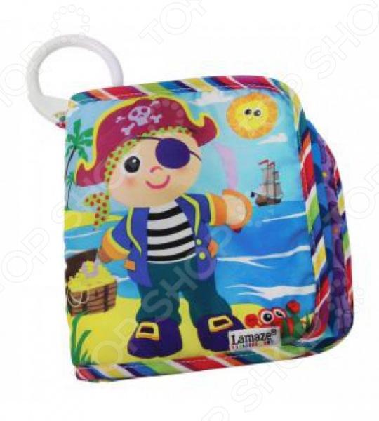 Книжка-шуршалка Tomy Пират Пит станет одной из первых игрушек вашего малыша. Книжка выполнена из безопасных для ребенка материалов. Странички сделаны из различных по текстуре тканей, а шелестящая обложка надолго привлечет внимание малыша. Яркие цвета благоприятно влияют на эмоциональное состояние ребенка. Книжечку можно легко подвесить к кроватке или коляске при помощи клипсы. В книге 4 страницы.