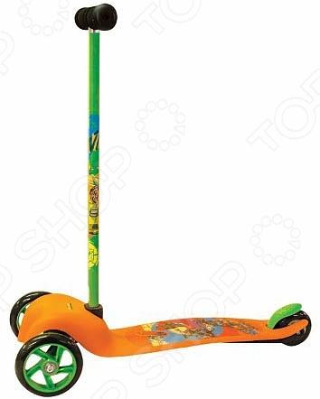 Самокат трехколесный Gulliver TMNTСамокаты<br>Самокат трехколесный Gulliver TMNT детский самокат, созданный специально для прогулок на свежем воздухе. Самокат достаточно прост в управлении и не создаст больших трудностей при езде. Платформа достаточно длинная, с не скользящим покрытием. Самокат подходит детям уже умеющим держать равновесие. Большие пластиковые колеса впереди находятся на достаточном расстоянии друг от друга. Шарикоподшипники обеспечивает плавность езде. Есть ножной тормоз.<br>