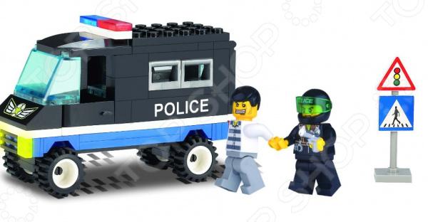 Конструктор игровой Brick «Полицейский фургон» 1717092Игровые конструкторы<br>Конструктор игровой Brick Полицейский фургон 1717092 это яркий конструктор для детей, в котором он найдет все необходимый детали для создания своей истории про бравых полицейских и их приключениях! Большое количество деталей подойдут для детей старше шести лет, они отлично различимы для ребенка и он точно поймет что с ними необходимо делать и как сконструировать полноценную модель. Конструкторы такого типа развивают пространственное и логическое мышление, фантазию, творческие способности и мелкую моторику рук. В комплекте есть минифигурки людей.<br>