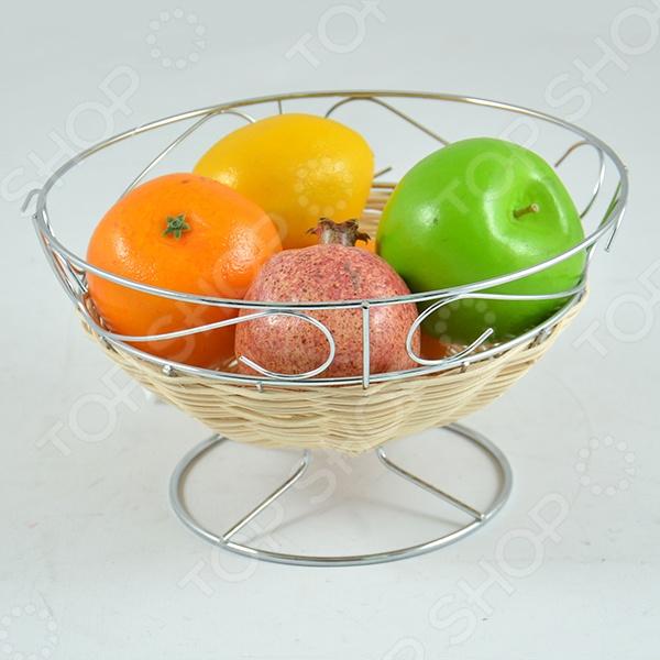 Фруктовница Rosenberg 6311Фруктовницы<br>Фруктовница Rosenberg 6311 великолепная модель, которая станет прекрасным дополнением к комплекту ваших столовых принадлежностей и отлично подойдет как для сервировки праздничного стола, так и для повседневного использования. Помимо фруктов, посуду так же можно использовать для подачи десерта: конфет, печенья, кексов или круассанов, будьте уверены - гости обязательно оценят такой оригинальный аксессуар. Модель выполнена из высококачественных экологически чистых материалов.<br>