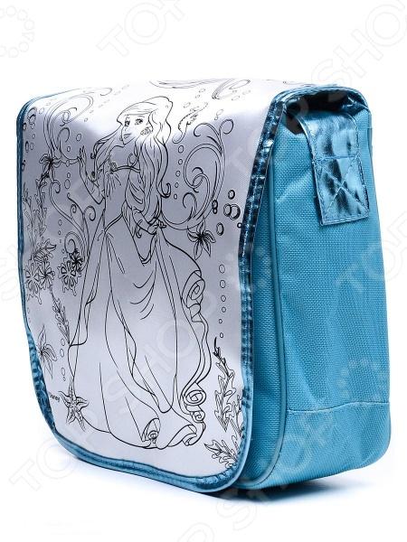 Набор для росписи сумочки Росмэн Ариэль - оригинальный и полезный подарок для юной модницы и рукодельницы. Набор представляет собой сумку с нанесенным контуром, а так же 4 перманентных маркера. Девочка самостоятельно сможет разукрасить сумочку по своему желанию и вкусу. В дальнейшем сумка станет красивым и удобным аксессуаром для девочки, в которую она сможет складывать все необходимые и важные вещи и брать сумку с собой куда угодно.