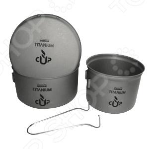 Набор посуды туристической Adrenalin Titanium CompactПосуда туристическая. Наборы для пикников<br>Набор посуды туристической Adrenalin Titanium Compact удобный и компактный набор, выполненный из высококачественного титана. Забудьте о страшно неудобной и очень тяжелой посуде из чугуна или стали, которая не только занимает много места, но и замедляет весь поход! Набор сверхлегкой и компактной титановой посуды позволит вам даже в походных условиях наслаждаться комфортом и удобством во время приготовления еды. Посуда быстро и равномерно нагревается, поэтому вам не придется долго ждать, чтобы приготовить завтрак, обед или ужин для себя и ещё 2 человек. В комплект входят 2 кастрюли и сковородка. Походит для приготовления пищи на 2-3 человек.<br>