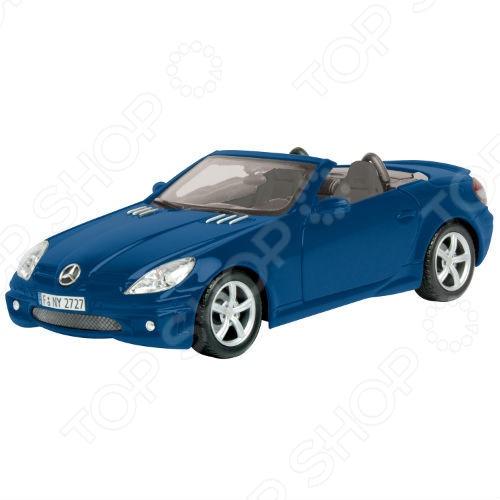Модель автомобиля 1:18 Motormax Mercedes-Benz SLK55 AMG. В ассортименте