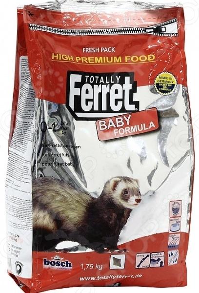 Корм для молодых хорьков Bosch Totally Ferret Baby сбалансированная смесь для молодых особей до 1 года . Корм содержит все необходимые аминокислоты, витамины, минеральные вещества. В состав смеси не входят химические ингредиенты, поэтому она прекрасно усваивается организмом животного, не вредит их здоровью и не вызывает проблем с пищеварением. Жирные кислоты Омега-3-6, витамины группы B и цинк обеспечивают хорьку здоровую и красивую шерсть, а также чистую кожу. А специальные добавки уменьшают неприятные запахи от кожного покрова. Благодаря плотной упаковке корм может хранить длительное время, будучи защищенным от проникновения насекомых, соринок и инородных предметов. Состав: мука из мяса домашней птицы, пшеничная мука, птичий жир, яичный порошок, рыбная мука, гидролизованное мясо, рисовые отруби, сухие дрожжи, печень, ячмень очищенный , льняное семя, рыбий жир, свекольная пульпа, калия хлорид, кальция карбонат. Содержание: протеины 42 , жиры 24 , клетчатка 1,5 , зола 8 , вода 10 , кальций 1,3 , фосфор 1,15 , натрий 0,30 , медь 11мг, йод 2мг, селен 0,1мг, таурин 3500мг; витамины: А 20500МЕ, D3 1850МЕ, Е 350мг, антиоксиданты. Рекомендации по ежедневному рациону вес животного, г объем порции, г : 350 20, 500 30, 750 25, 750 35, 1000 40, 1500 45.